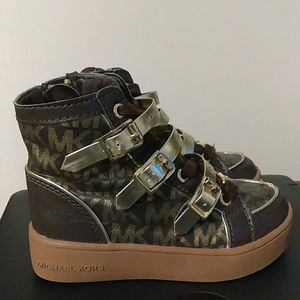 MK Strappie Sneakers